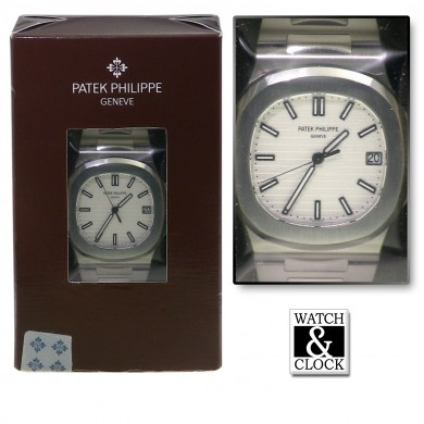 Patek Philippe Nautilus 5711 Sealed